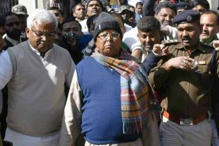 before-lalu-s-sentence-how-2-aides-arranged-to-be-in-jail