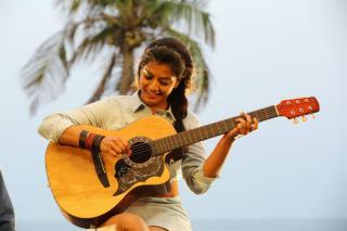 echarikkai-ithu-manitharkal-nadamaadum-idam-album