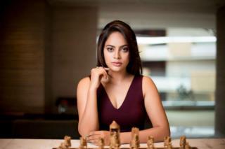 actress-nanditha-album