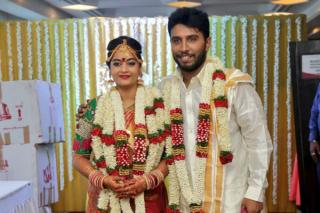 suja-varunee-wedding-stills