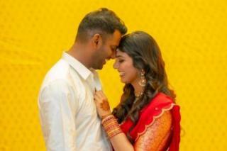 vishal-engagement-photos