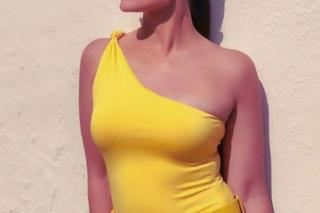 yellow-dress-actress