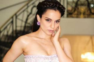 cannes-2019-kangana-ranaut-looks-like-a-dream-in-this-beautiful-dress-for-day-2