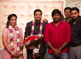actor-sathish-wedding-reception-stills