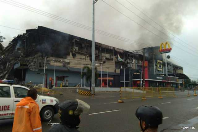 philippines-mall-fire-at-least-37-feared-dead-in-davao