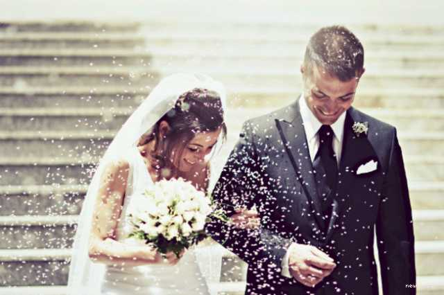 england-church-fines-bride-for-late-coming-on-marriage