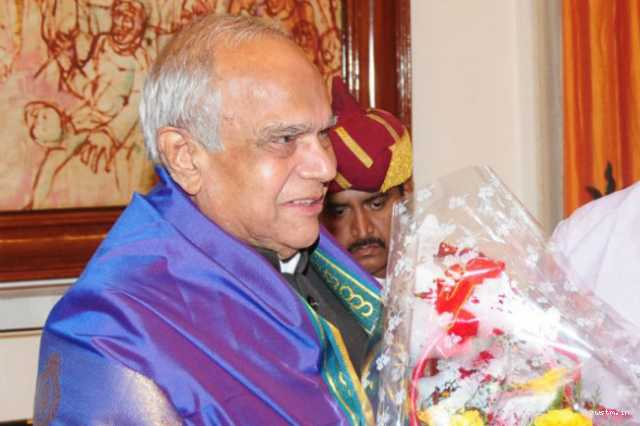tn-governor-banwarilal-purohit-inspects-dharmapuri