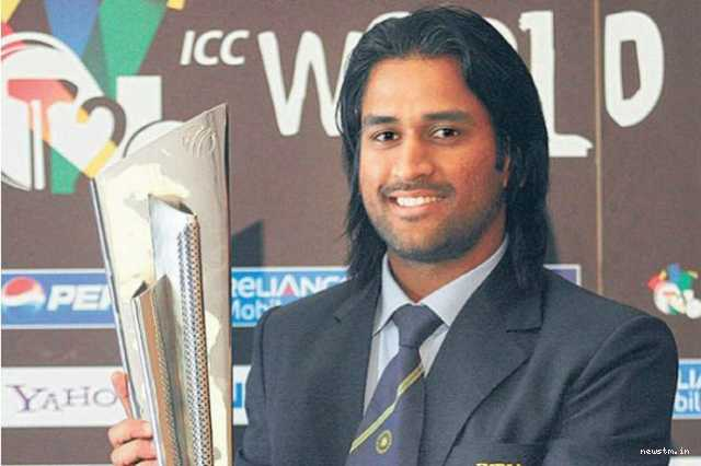 ms-dhoni-wears-long-hair-once-again-for-advertisement