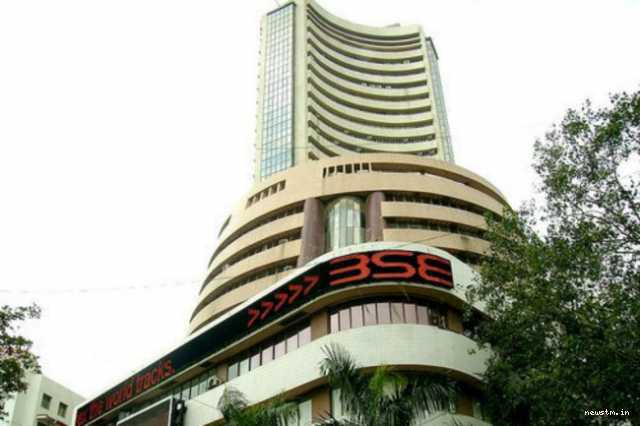 share-market-sensex-sinks-430-points-nifty-at-10-249-dragged-by-banking-stocks