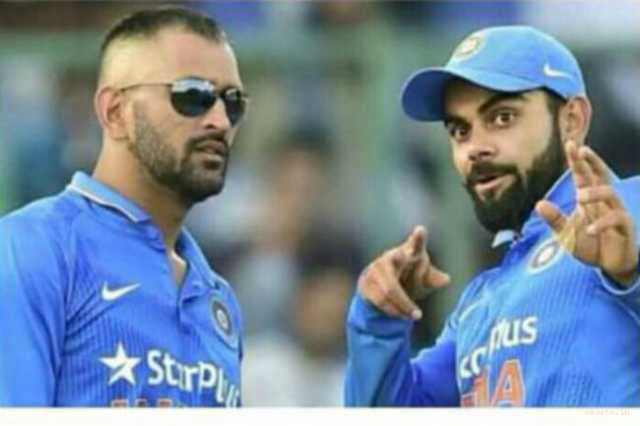 virat-kohli-feels-ms-dhoni-is-irreplaceable-in-limited-overs