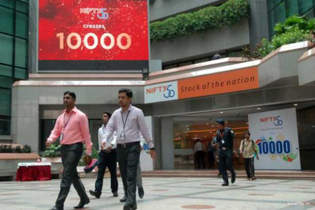 share-market-status-sensex-up-139-pts-nifty-ended-below-10-200