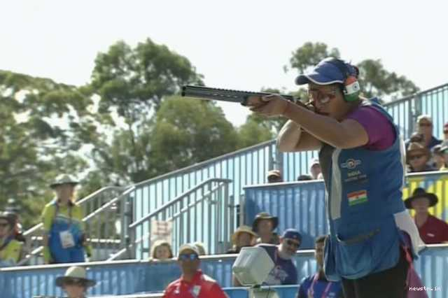 india-s-shreyasi-singh-takes-gold-in-the-women-s-double-trap-finals