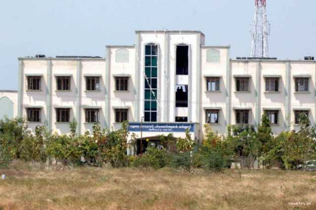 professor-nirmala-devi-arrested-in-college-scandal