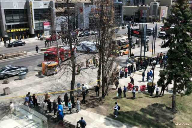 canada-van-driver-rams-into-pedestrians-killing-atleast-10