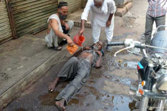 65-dead-in-karachi-pakistan-as-temperature-tops-111-degrees