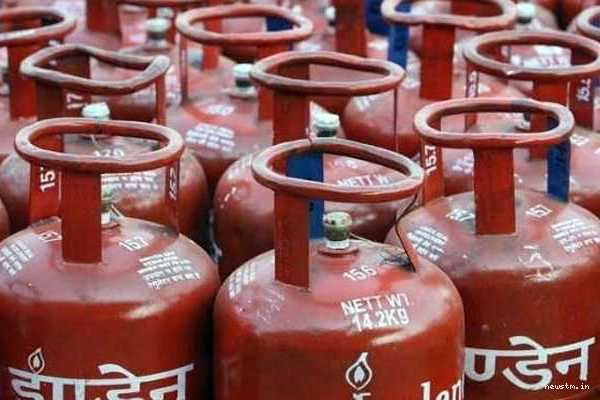 lpg-cylinders-price-hiked-near-rs-50