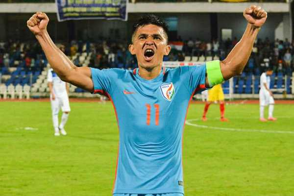 sunil-chhetri-mesmerises-thousands-of-indian-football-fans-as-indian-thump-kenya