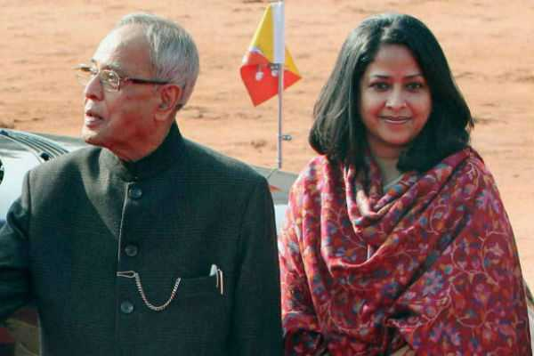 his-speech-will-forgetten-and-they-promote-visuals-pranab-mukkerji-s-daughter-warns-her-father