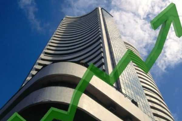 sensex-extends-gains-over-300-points