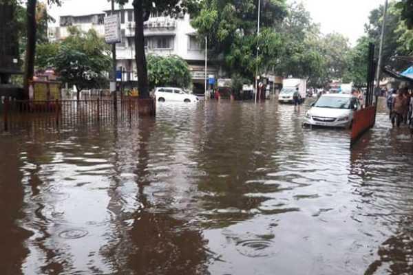 heavy-rainfall-in-mumbai