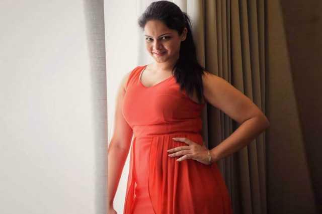 actress-anuya-ready-to-bigg-boss-2