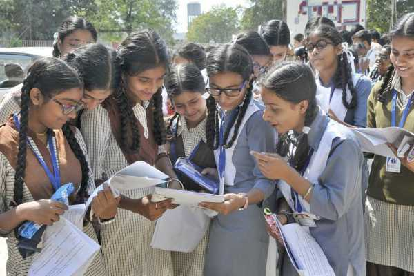 in-bihar-some-students-score-more-than-total-marks