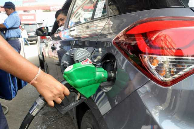 petrol-diesel-prices-goes-down-for-12th-consecutive-day