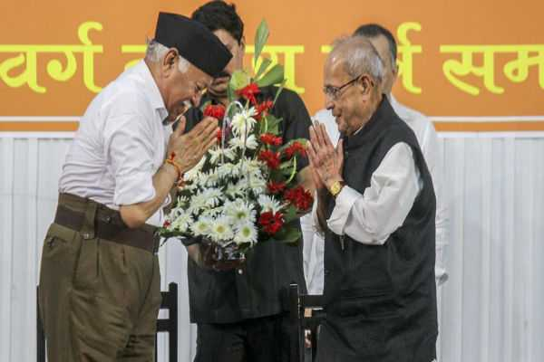 pranab-mukherjee-will-not-rejoin-politics-says-daughter-after-shiv-sena-comment