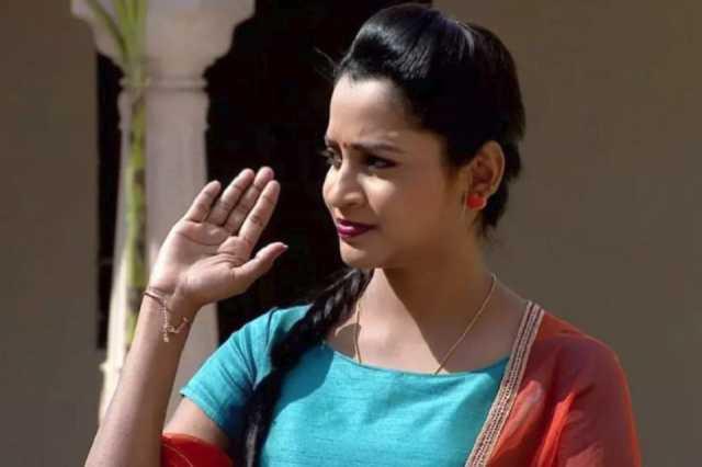 aparnathi-aviod-bigg-boss-2-programme