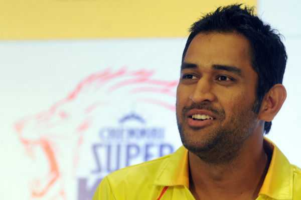 m-s-dhoni-speaks-about-ipl-2018-at-star-reimagine-awards