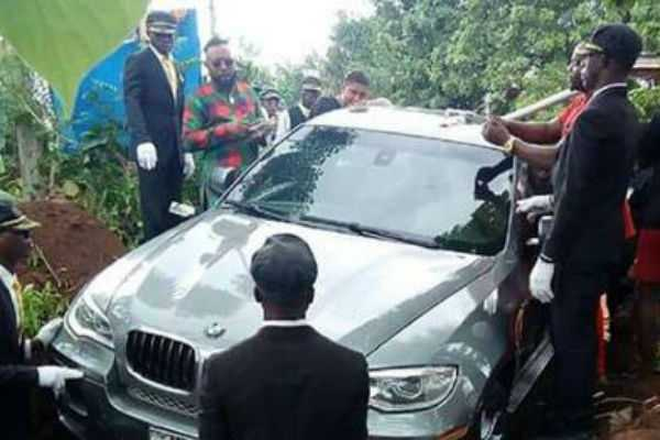 nigerian-man-buries-father-in-bmw-car