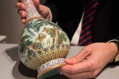 chinese-vase-sells-for-125-crore