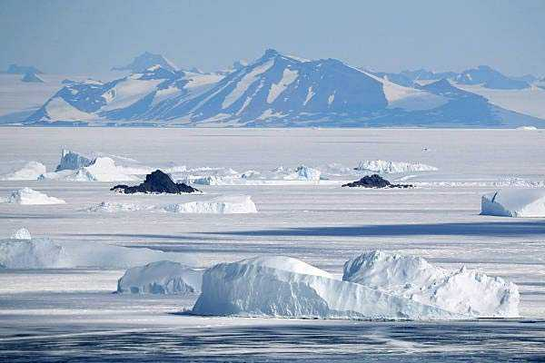 antarctica-s-ice-shelves-have-thinned-by-up-to-18-percent-in-the-last-18-years
