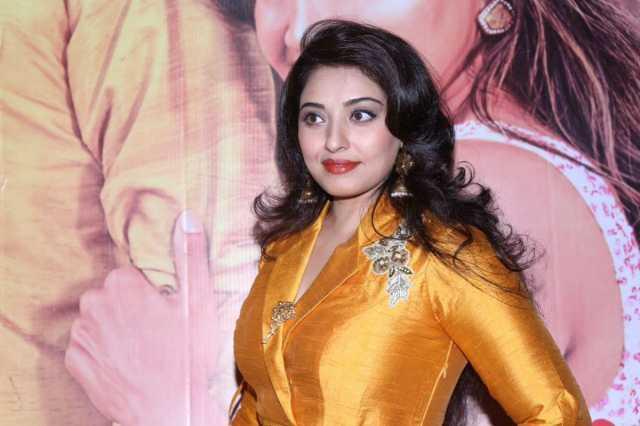 actress-mumtaj-in-bigg-boss2