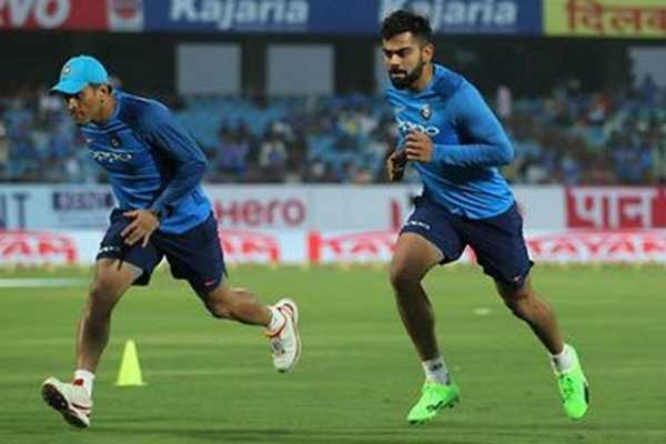 kohli-dhoni-finished-their-fitness-test-at-nca