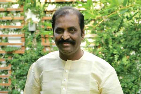 vairamuthu-condemned-for-dalit-children-attacked-by-higher-class-people-in-maharastra