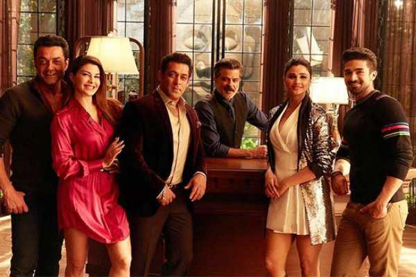 salman-khan-s-race-3-opens-up-to-horrible-reviews-and-box-office-records