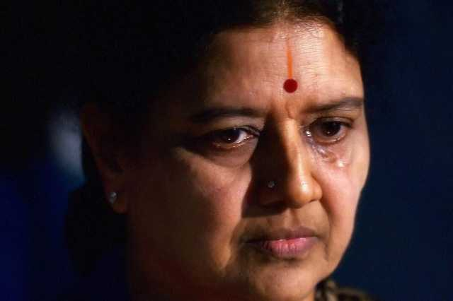 the-biggest-mistake-made-by-the-property-sasikala-lamenting-in-jail