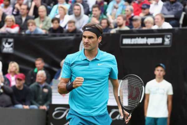 roger-federer-claims-his-98th-career-title-in-stuttgart-marks-no-1-ranking