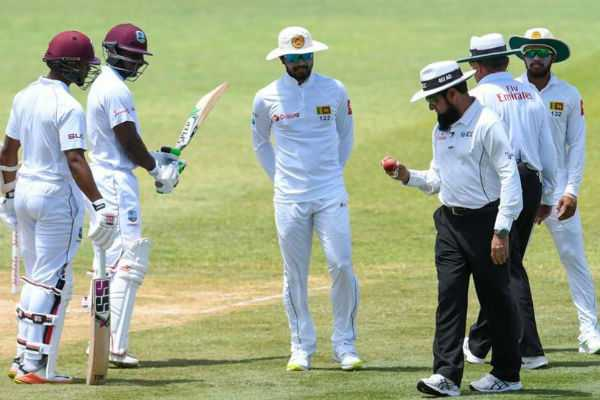 dinesh-chandimal-charged-by-icc-for-ball-tampering-scandal