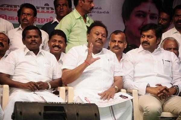 where-is-jayalalithaa-s-plundering-money-minister-of-external-affairs