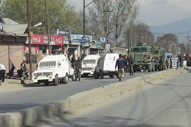 kashmir-policeman-killed-2-others-injured-in-terrorist-attack