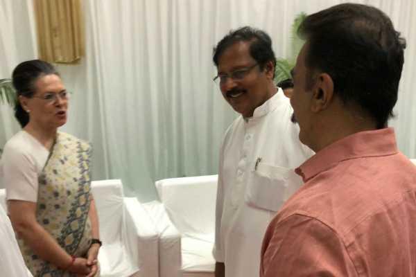 mnm-founder-kamal-haasan-meets-sonia-gandhi-in-delhi