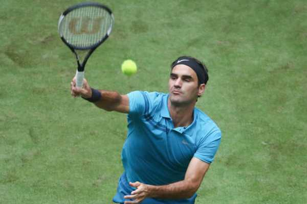 roger-federer-enters-quaters-of-halle-open