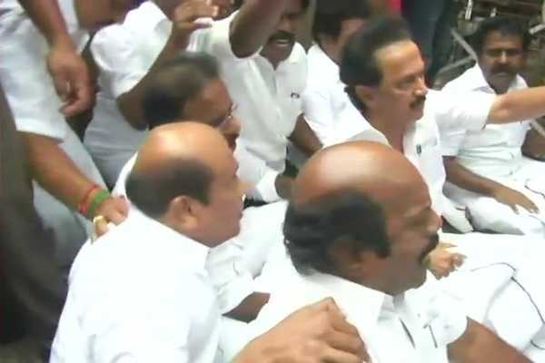 dmk-protest-against-salem-chennai-highway-project-on-june-25