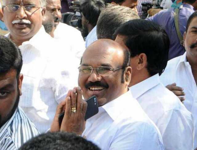 memes-trolling-about-minister-jayakumar