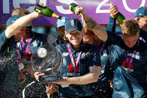 england-steals-first-5-0-series-sweep-of-australia