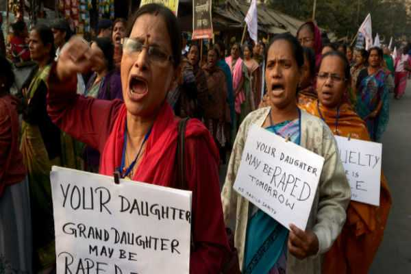 india-the-most-dangerous-country-to-be-a-woman-survey-shows