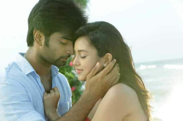 itemkaaran-video-song-from-semma-botha-aagathey-movie