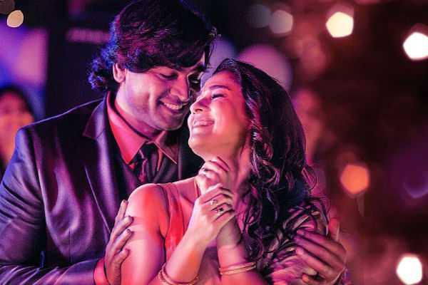 vijay-sethupathi-s-getup-in-imaikka-nodigal-revealed